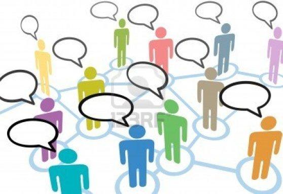 8172942-eine-gruppe-von-verschiedenen-menschen-sprechen-in-den-sozialen-medien-rede-kommunikation-netzwerkve
