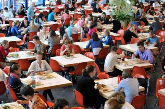 uni-universitaet-freiburg-mensa-kantine
