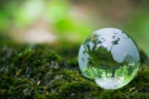 Glass-Earth-WEB